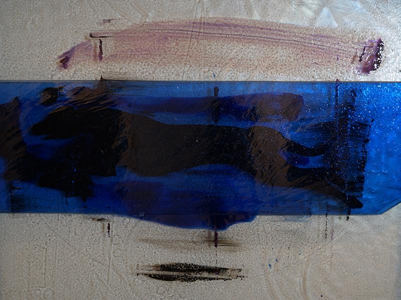 <strong>KJELL NUPEN</strong><br /> <em>Uten tittel</em>, ca. 2009<br /> Glassmaleri, 60 x 75 cm<br /> Signert n.m.p.: K.N.
